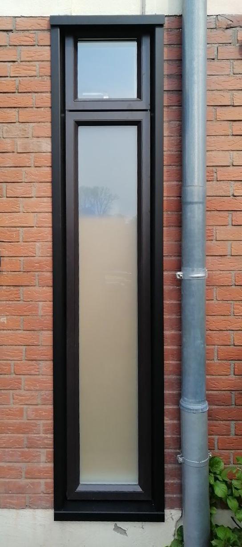 Aus Glasbausteinen wird ein modernes Fenster (nachher)